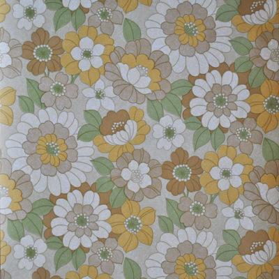 Hedendaags Vintage behang, behang uit oude voorraden. Geproduceerd in de UM-86