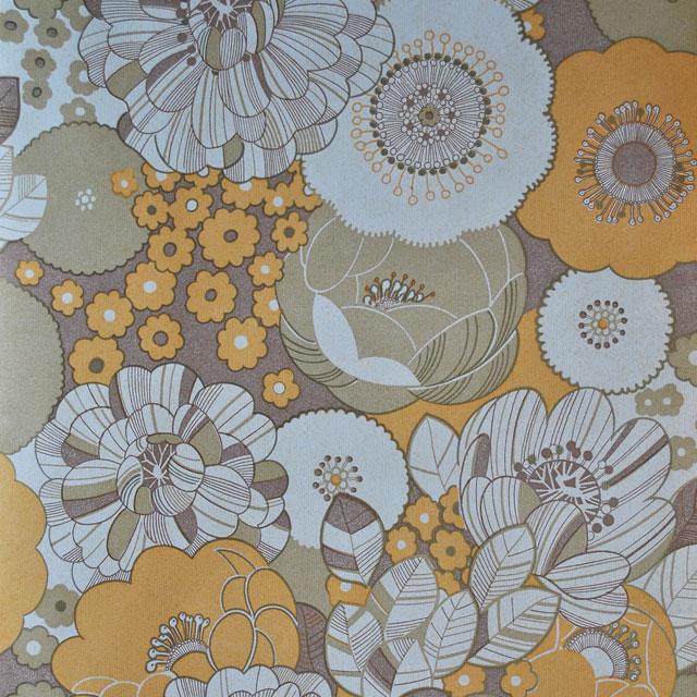 Behang gestileerde bloemen in okergeel beige en bruine for Wat kost een rol behang